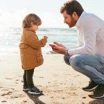 La importancia de la escucha activa en la edad infantil | Trazos Guardería Albacete